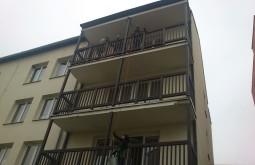 Hranaté balkóny